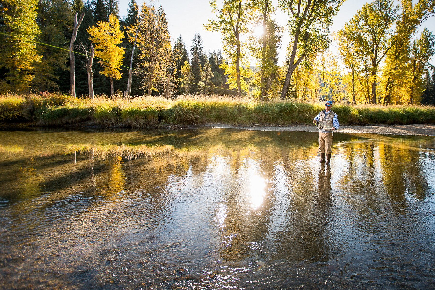 Fall-Fly-Fishing-along-the-beautiful-Northfork-Payette-river-pacific-northwest